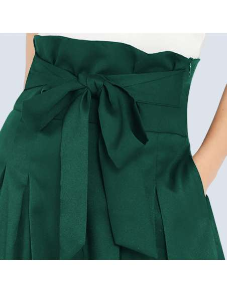Women's Green High-Waisted Palazzo Pants with Pockets (Closeup)